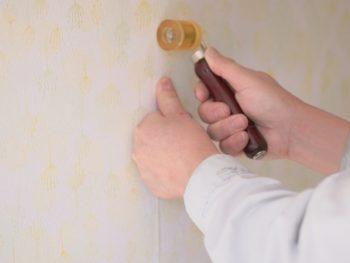 壁紙貼り替え